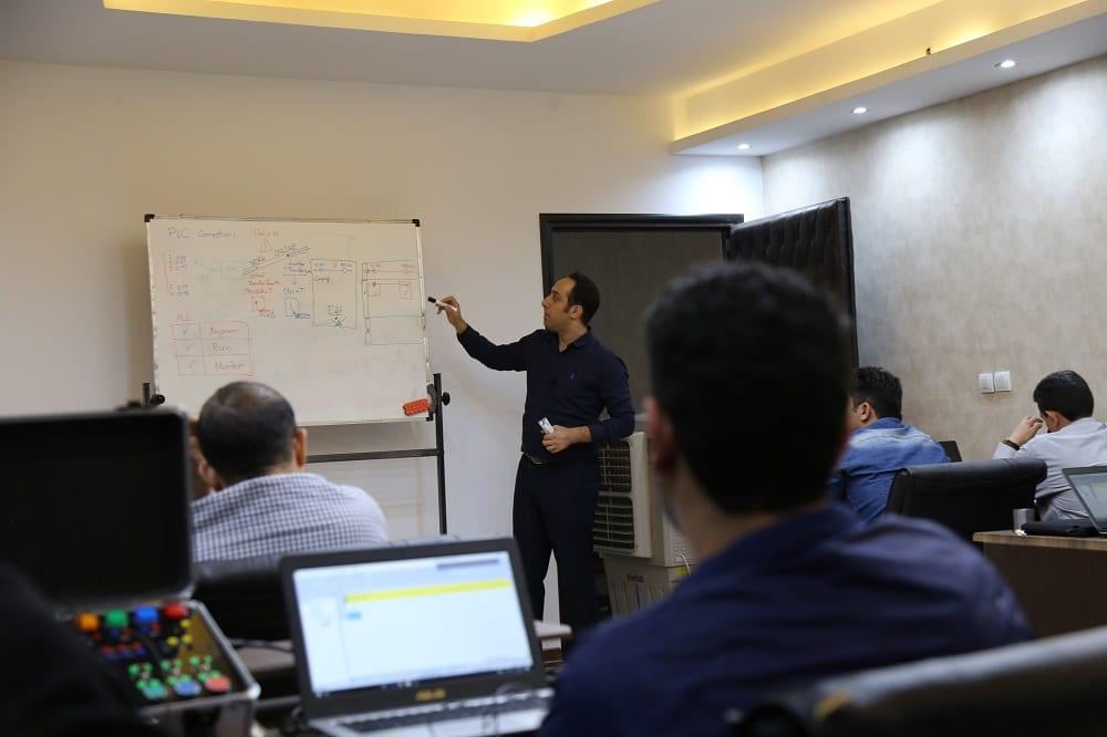 آموزش پی ال سی PLC PRO (2)