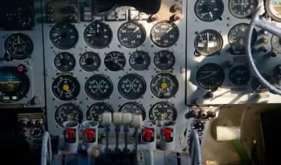 کاربرد تاکومتر در سیستم کنترل هواپیما