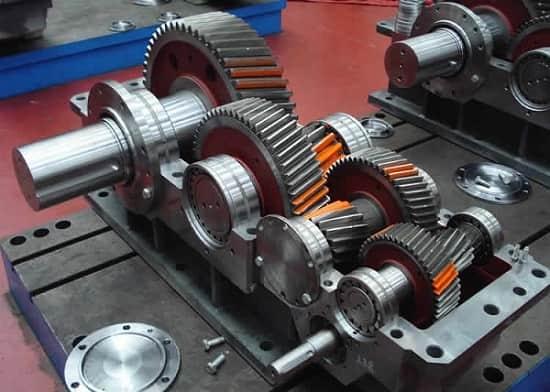 ساخت چرخدنده با ماشین آلات صنعتی