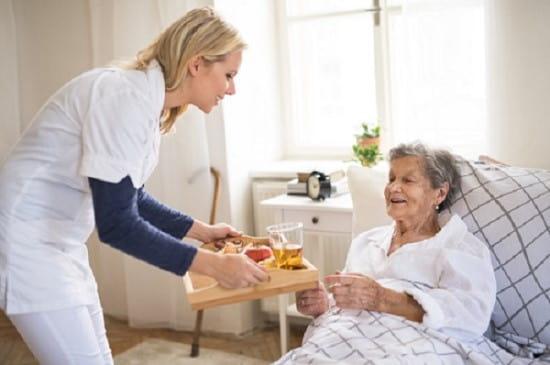 مراقبت های تغذیه ای در پرستاری از سالمند